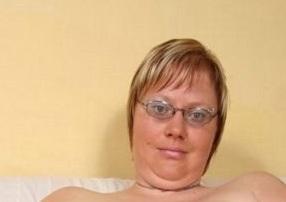 Volslanke dame zoekt sex - Afbeelding1